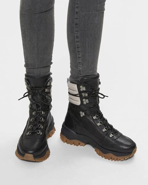 Čierna zimná obuv Selected Femme