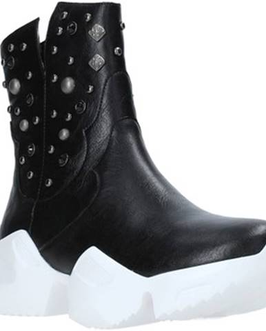 Čierne topánky Fracomina
