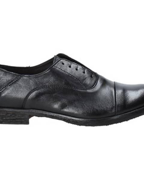 Čierne topánky Exton