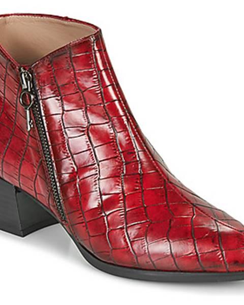Červené topánky Hispanitas