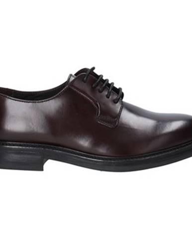Červené topánky Marco Ferretti