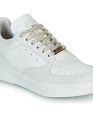 Biele tenisky Steve Madden