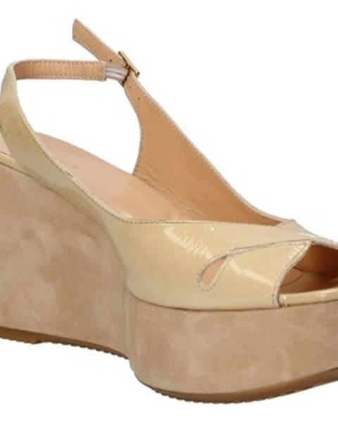 Béžové sandále Berberg