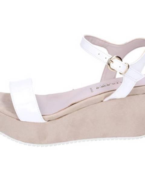 Biele sandále Olga Rubini
