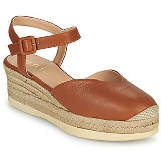 Sandále  CEINOS