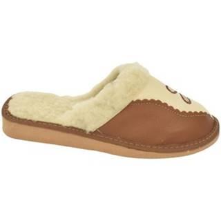 Papuče John-C  Dámske hnedé papuče SILVIA