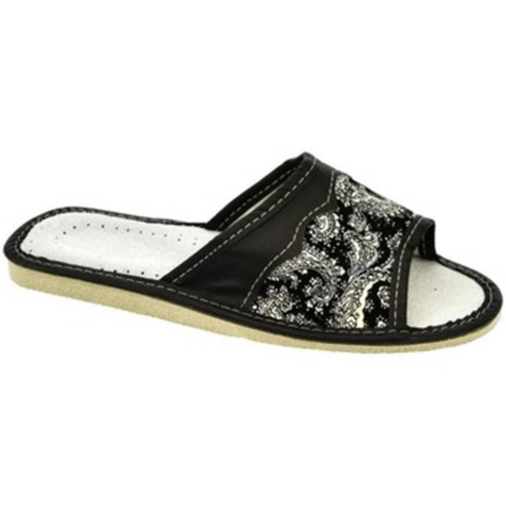 John-C Šľapky John-C  Dámske čierne papuče GAJA
