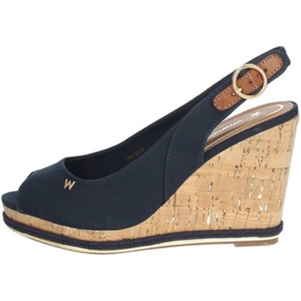 Wrangler Sandále  WL11651A