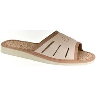 Papuče  Dámske kožené svetlo-hnedé papuče IWA