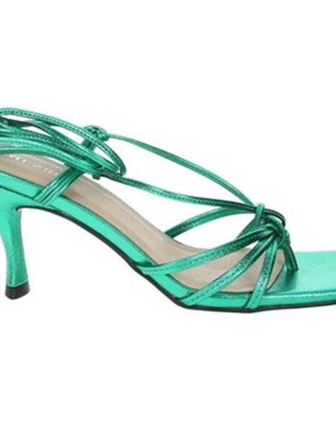 Zelené sandále Menbur
