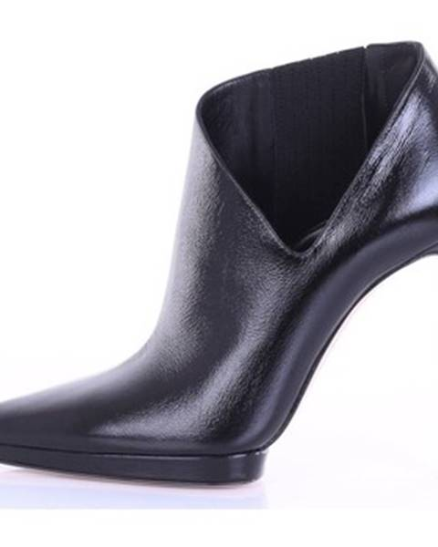 Čierne čižmy Casadei