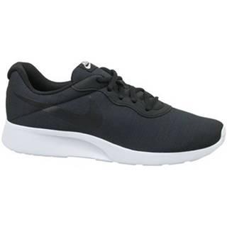 Nízke tenisky Nike  Tanjun