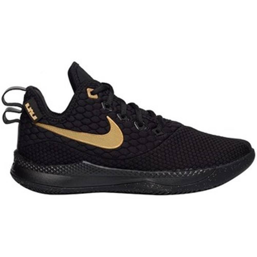 Nike Nízke tenisky Nike  Lebron Witness Iii
