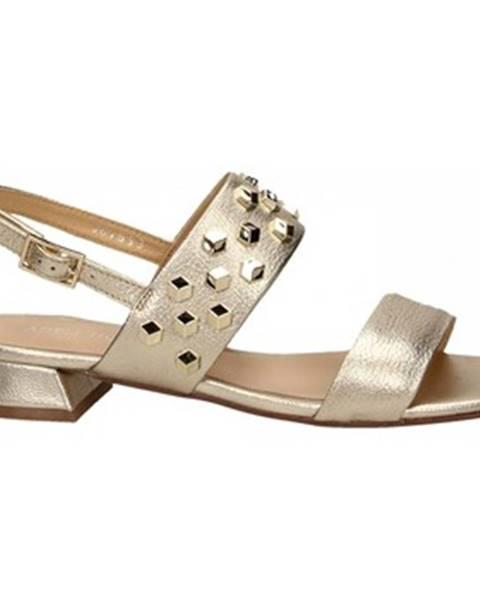 Zlaté topánky Adele Dezotti