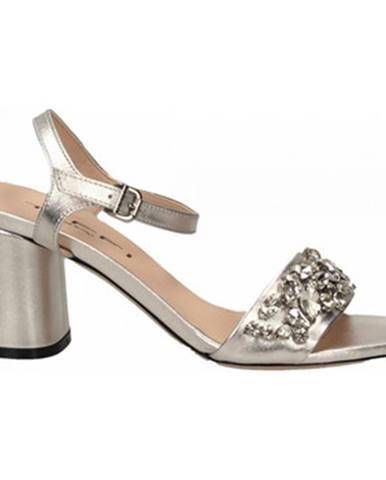 Topánky Tiffi