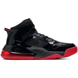 Basketbalová obuv Nike  Air Jordan Mars 270