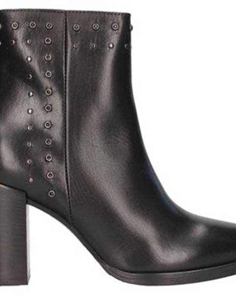 Čierne topánky Nh.24