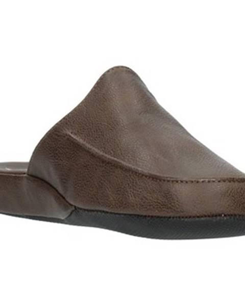 Hnedé topánky Clia Walk