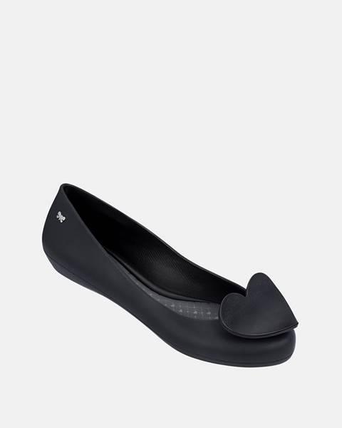 Čierne balerínky Zaxy