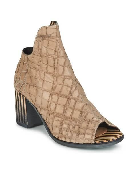 Béžové sandále Papucei