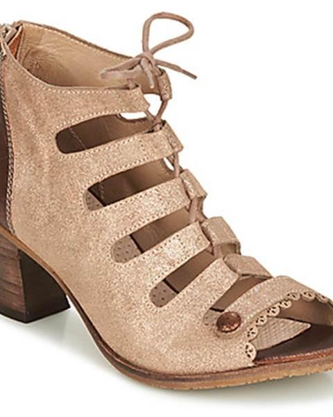 Hnedé sandále Casta