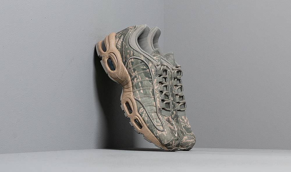 Nike Nike Air Max Tailwind IV SP Dark Stucco/Sandtrap