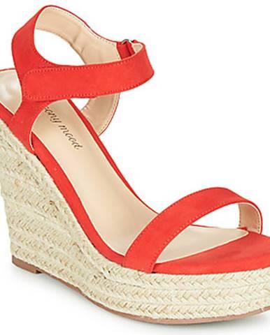 Červené sandále Moony Mood