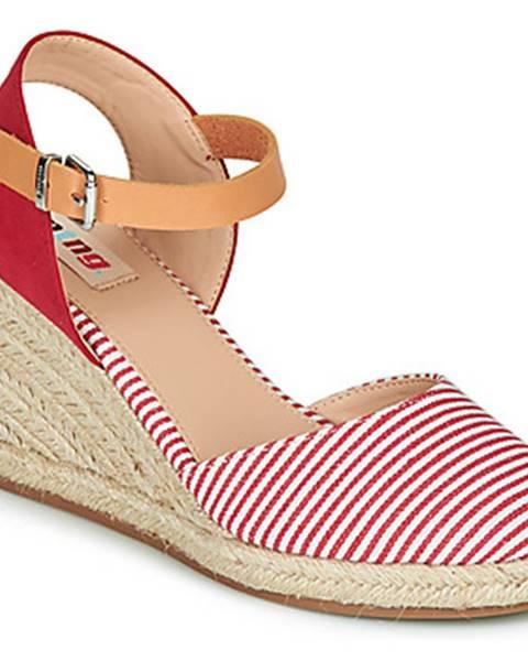 Červené sandále MTNG