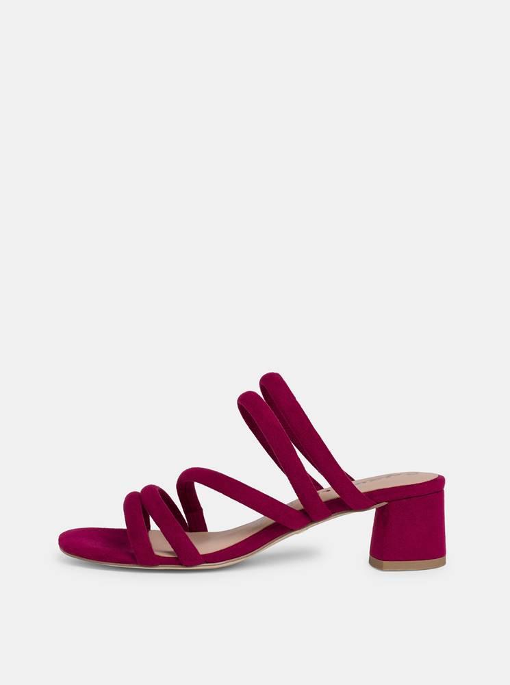 Tamaris Vínové sandálky v semišovej úprave Tamaris