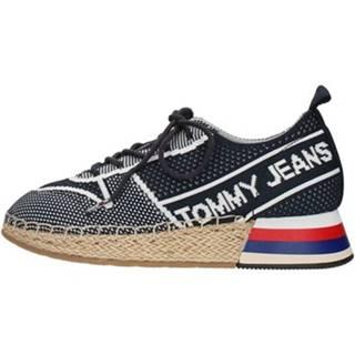 Nízke tenisky Tommy Hilfiger  EN0EN00581